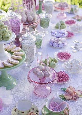 Tienes muchas opciones para colocar tus dulces. Imagen de http://rubyju.typepad.com/