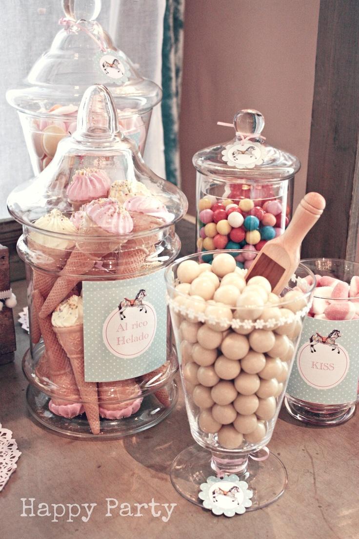 C mo hacer una mesa de dulce para comuniones y otros - Cosas que preparar para una boda ...